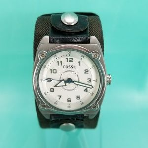 Fossil Mens Genuine Extra Wide Leather Analog Watc